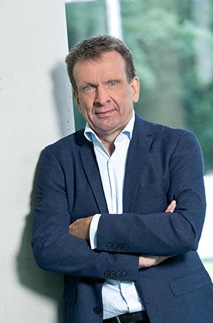 Lothar Heinze